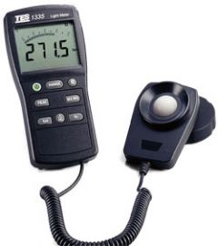 Instruments MTP TES1335 0-400000 light meter